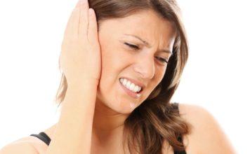 crackling sound in ear