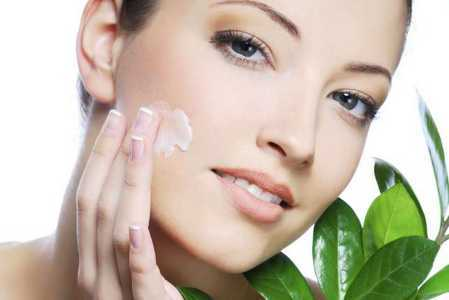 Multani mitti for glowing skin
