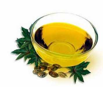 Get rid of dandruff with castor oil