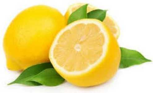 Get rid of dandruff with lemon