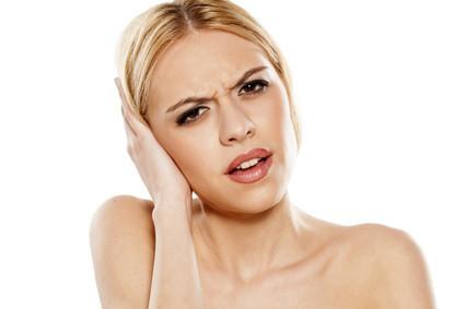 ear numbness