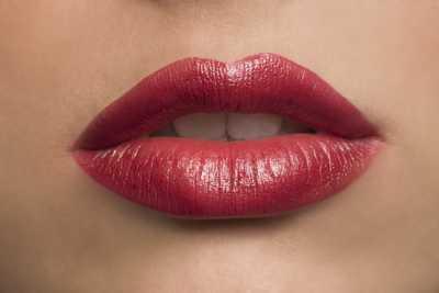 lip twitching